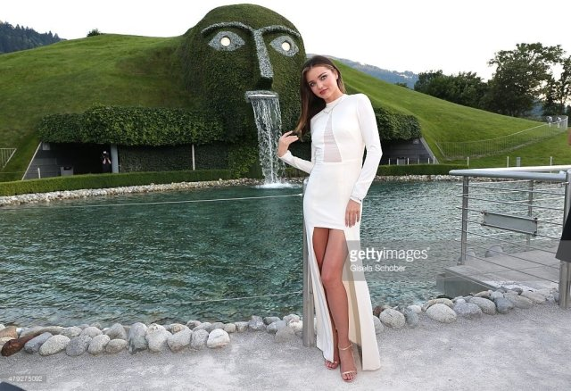 Miranda Kerr feet awesome pictures