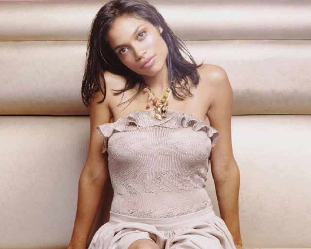 Rosario-Dawson-Hot Photoshoot