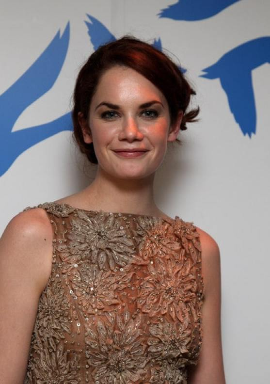 Ruth Wilson sexy smile