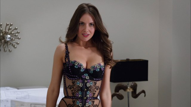 alison brie too sexy
