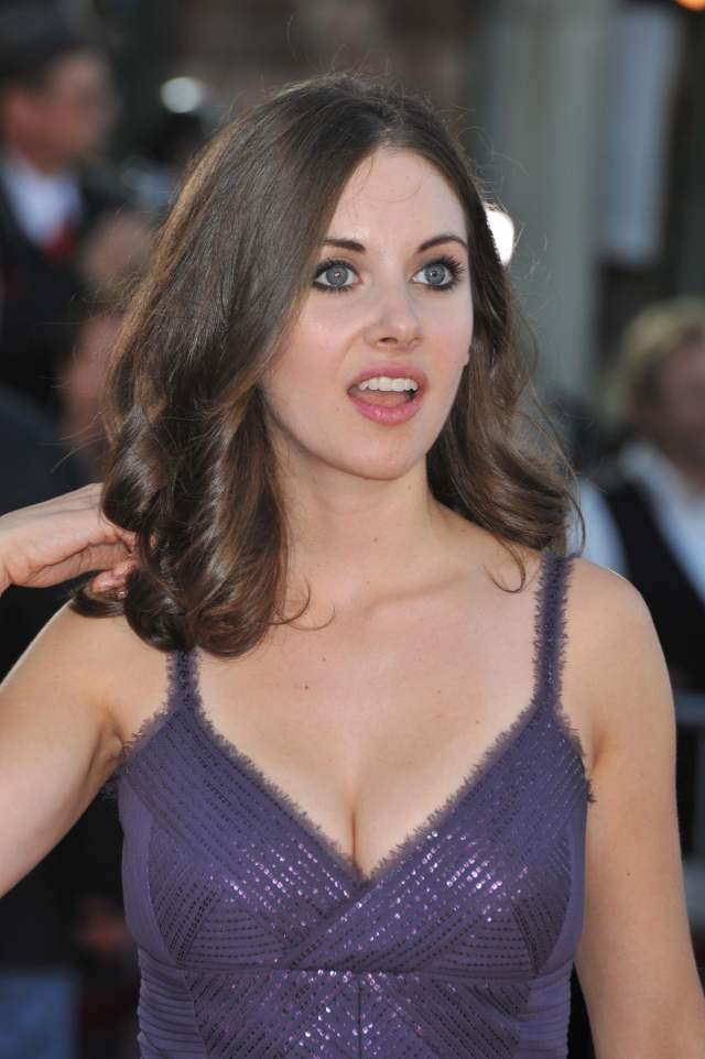 alison brie wow