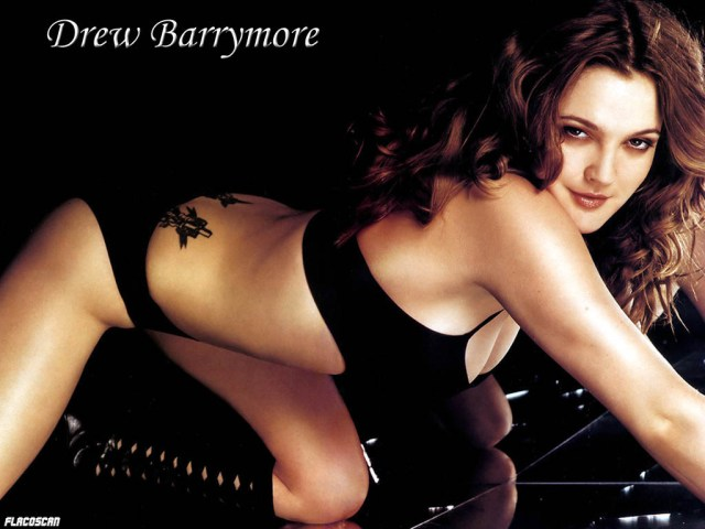 drew barrymore black bikini photo