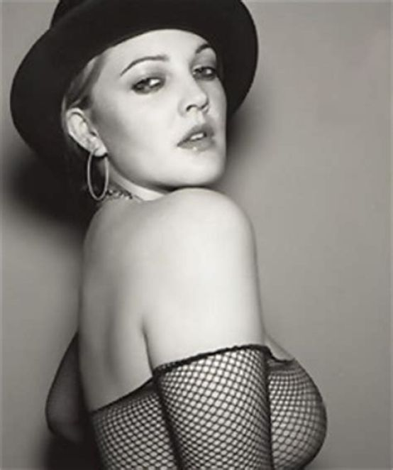 drew barrymore side boobs