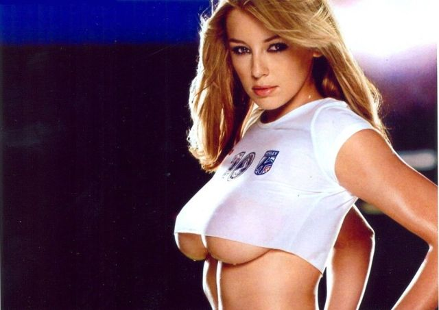 keeley hazell boobs