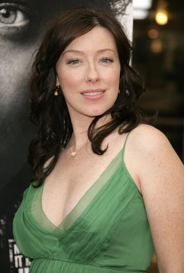 molly parker cleavage pics