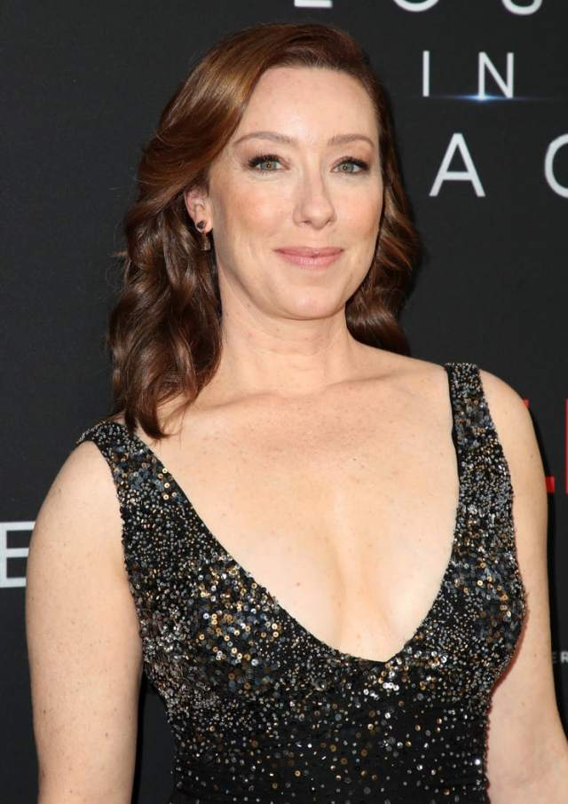 molly parker sexy cleavage