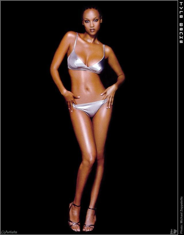 tyra banks toes pictures