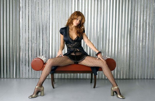 Angie Everhart hot legs