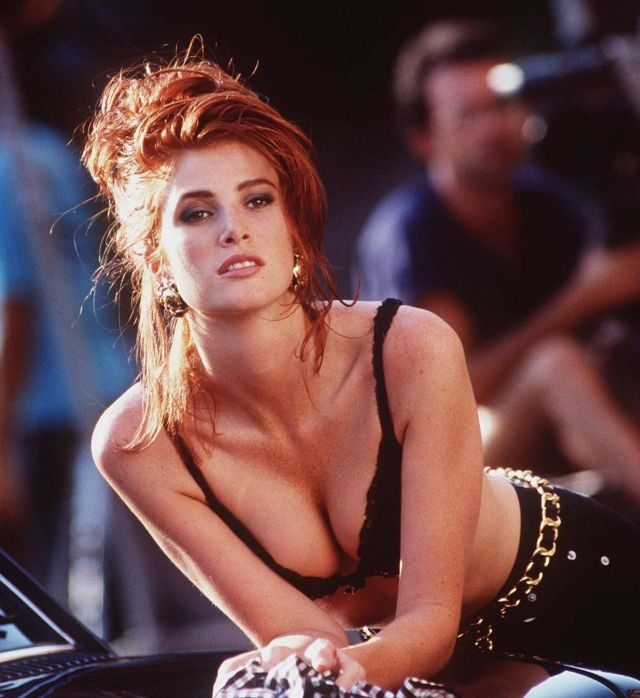 Angie Everhart sexy cleavage