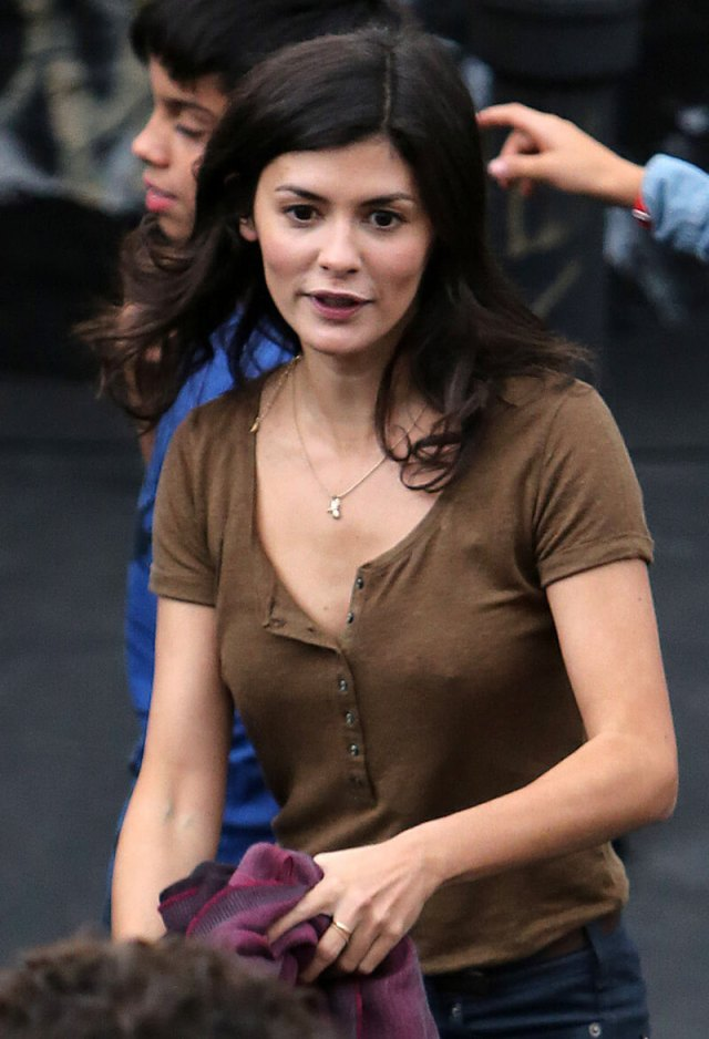 Audrey Tautou hot cleavages