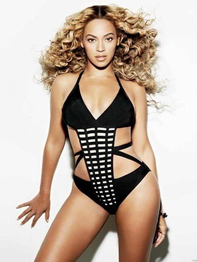 Beyonce sexy boobs photo