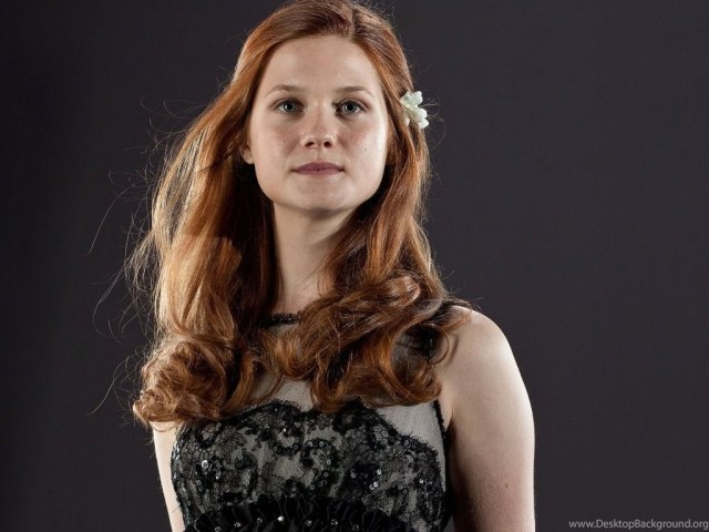 Bonnie Wright hot picture