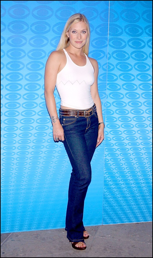 Emily Procter hot jeans pic