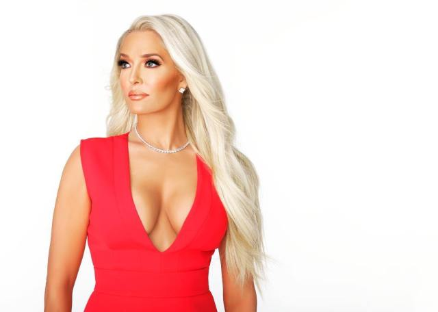 Erika Girardi Hot in Red Dress