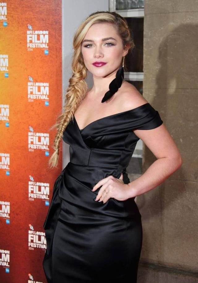Florence Pugh hot side pic
