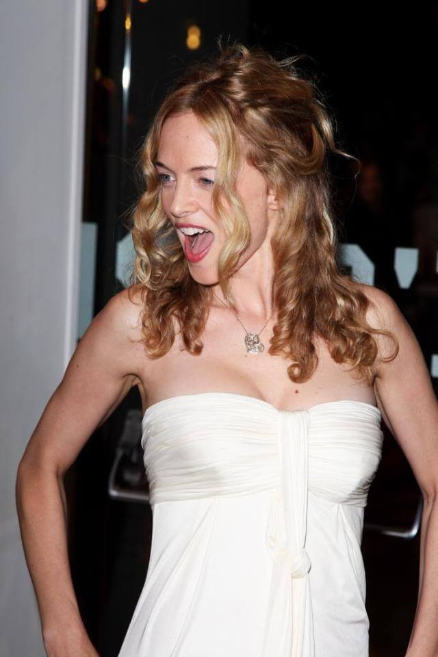 Heather Graham awesome pic