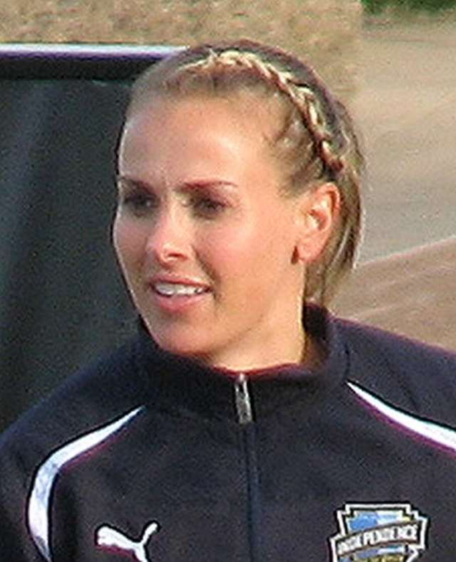 Heather Mitts awesome photos