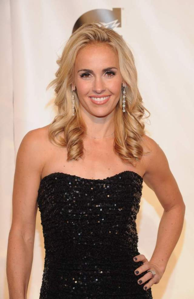 Heather Mitts awesome pics