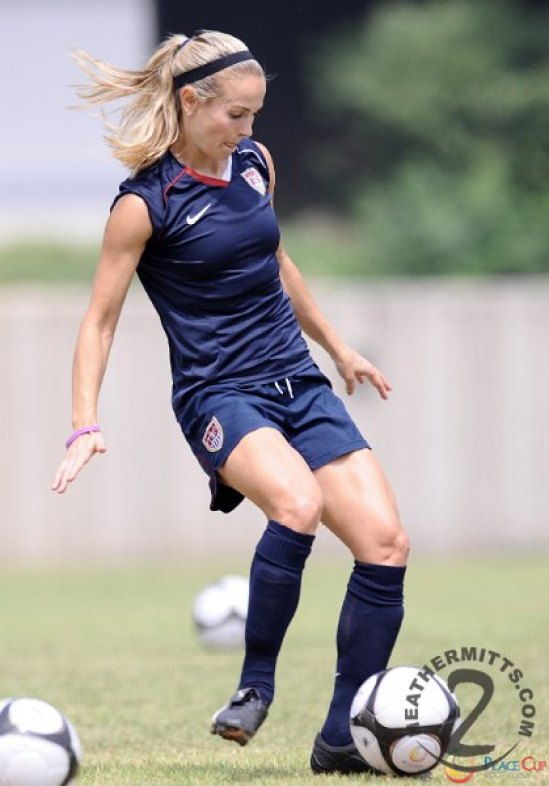 Heather Mitts hot thighs pics