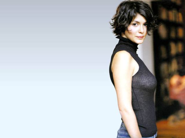 Hot Audrey Tautou Pictures (15)