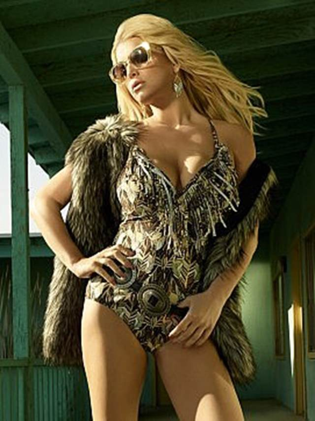 Jessica Simpson Hot Photoshoot