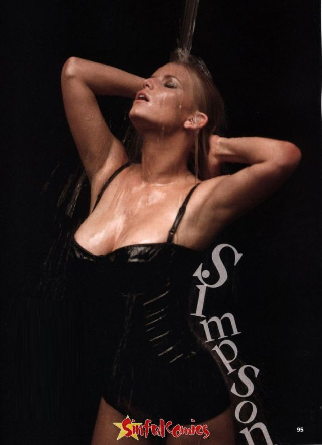 Jessica Simpson Sexy Boobs Pictures Bathing