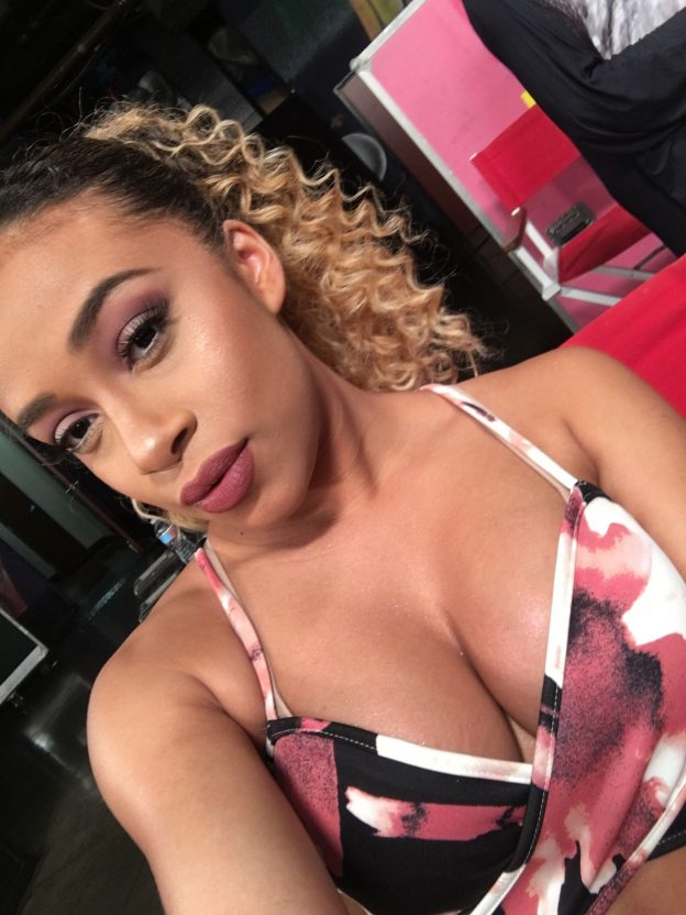 Jojo-Offerman Sexy Boobs Pictures