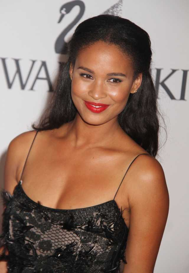 Joy Bryant on Red Lips