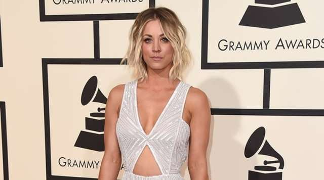 Kaley Cuoco sexy women picture