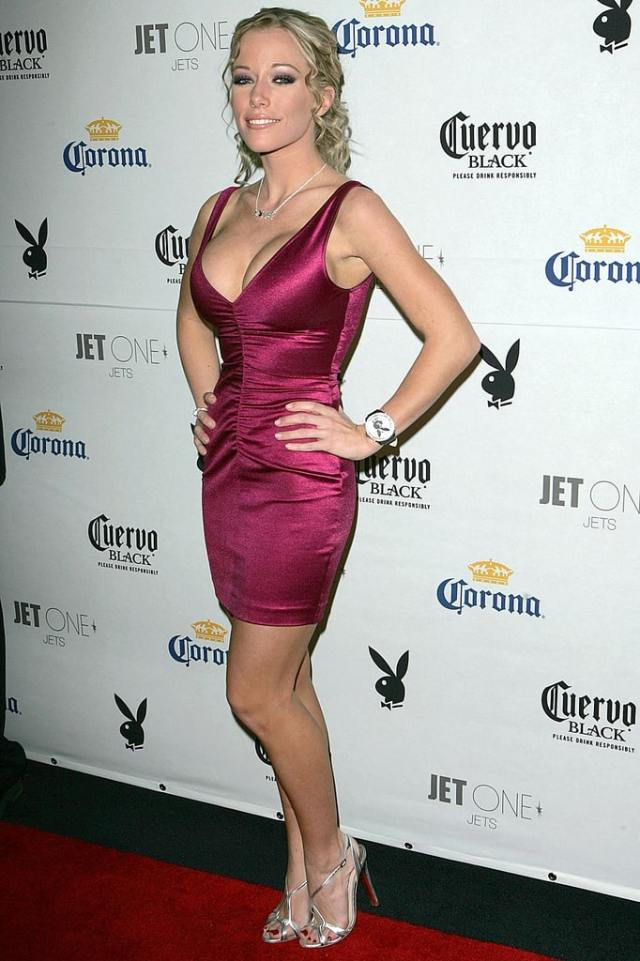 Kendra Wilkinson awesome photos