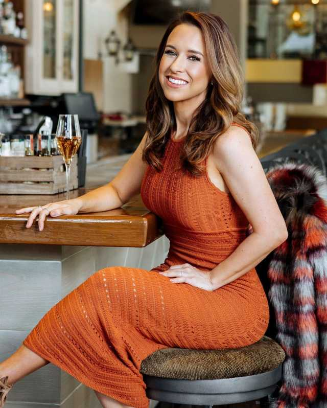 Lacey Chabert on Hotel