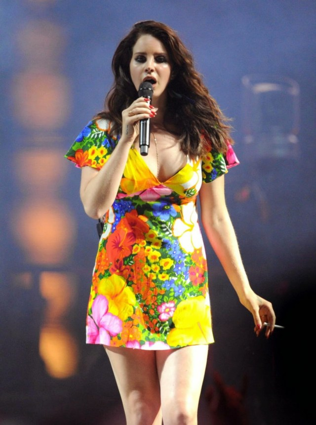 Lana Del Rey hot lady picture