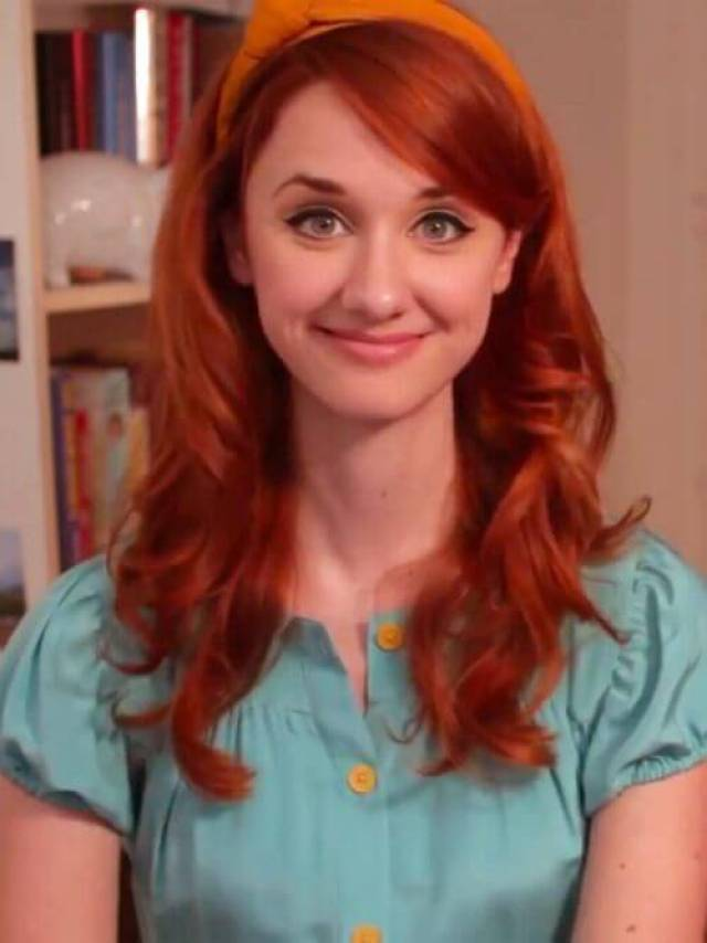 Laura Spencer hot busty