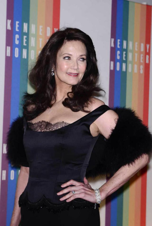 Lynda Carter hot pics (2)