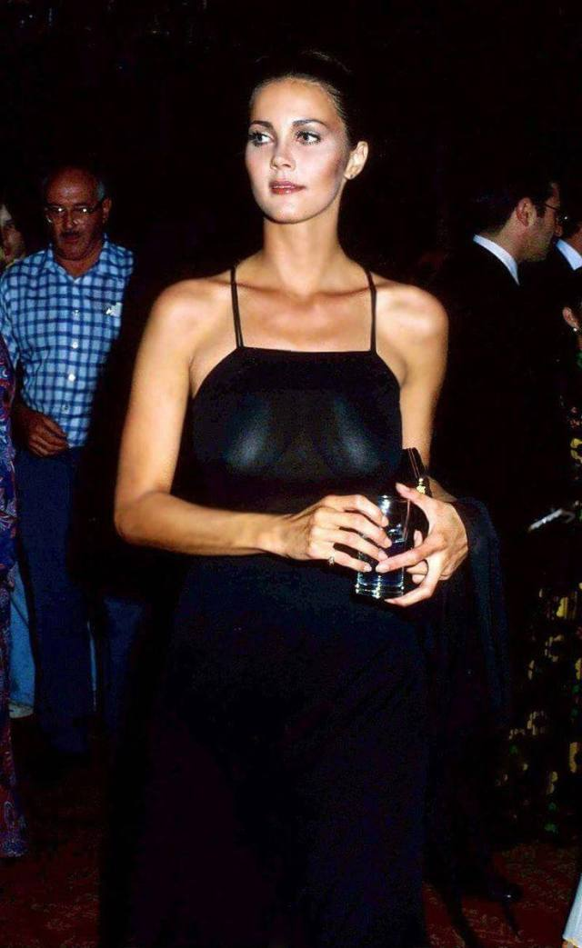 Lynda Carter sexy picture