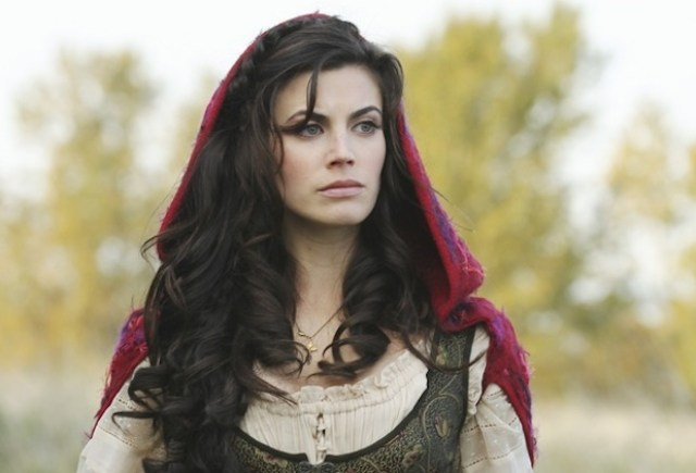 Meghan Ory awesome pic (3)