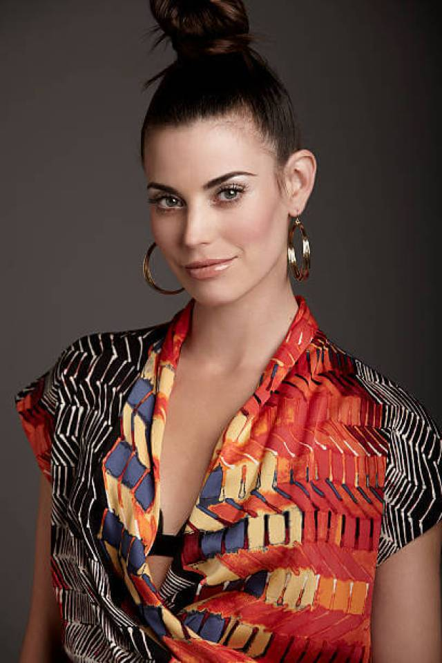 Meghan Ory hot cleavages picture