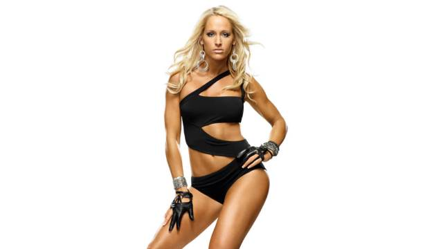 Michelle McCool sexy thighs