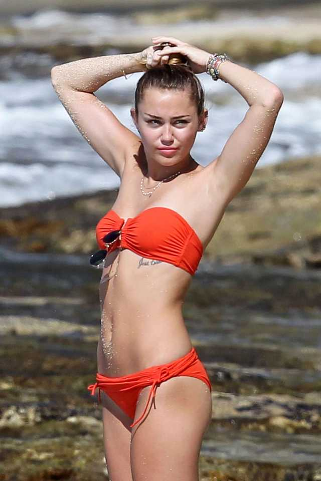 Miley-Cyrus awesome bikini pictures
