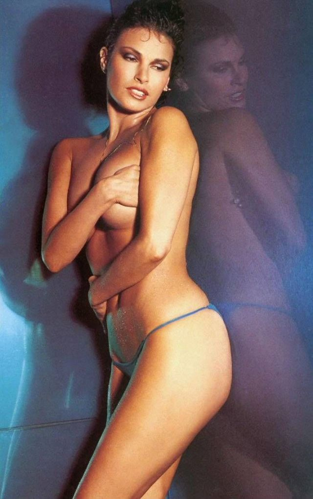 Raquel Welch very hot picture