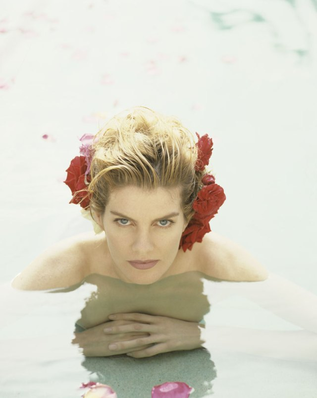 Rene Russo too sexy pic
