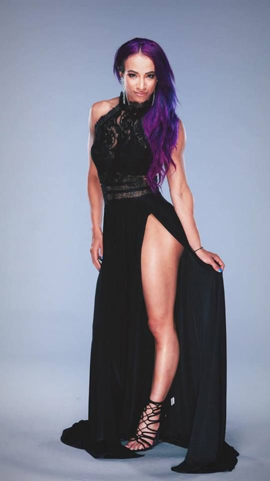 Sasha Banks Hot Legs