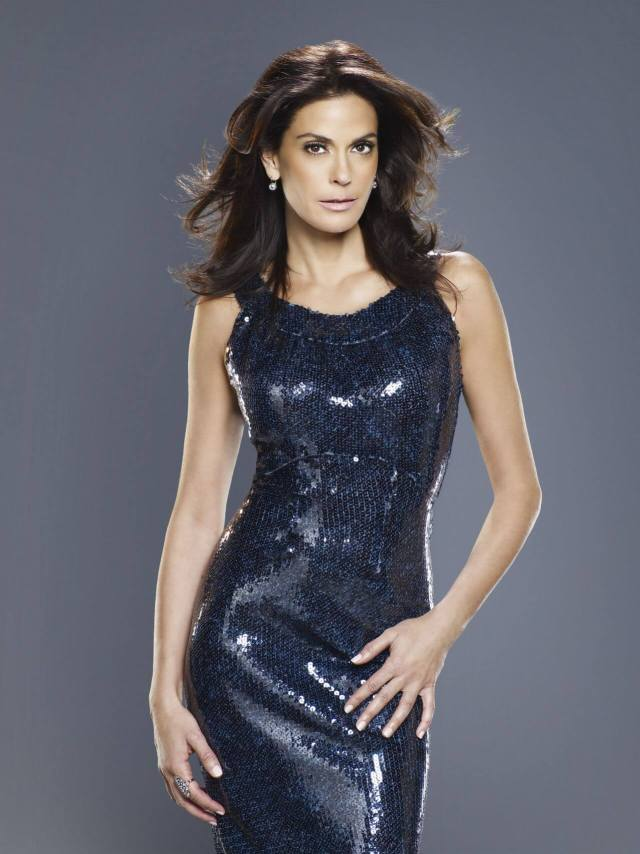Teri Hatcher awesome pic (2)
