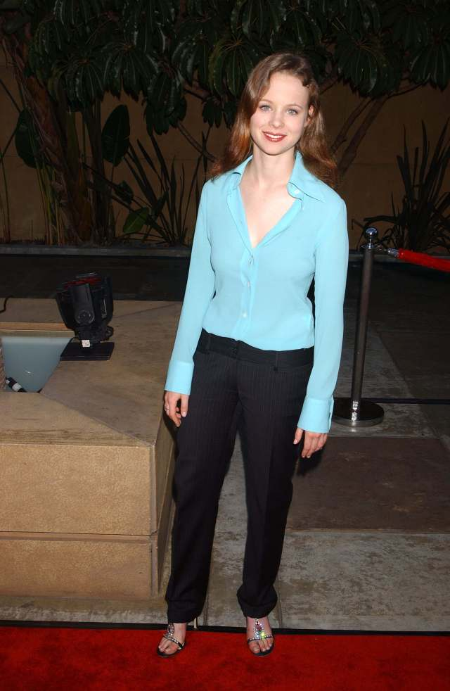 Thora Birch hot dress pictures