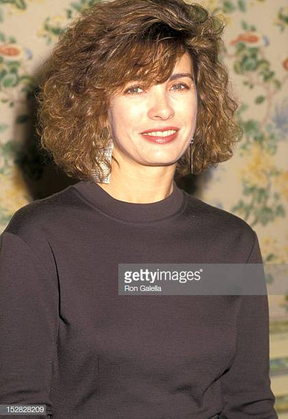 Anne Archer very hot
