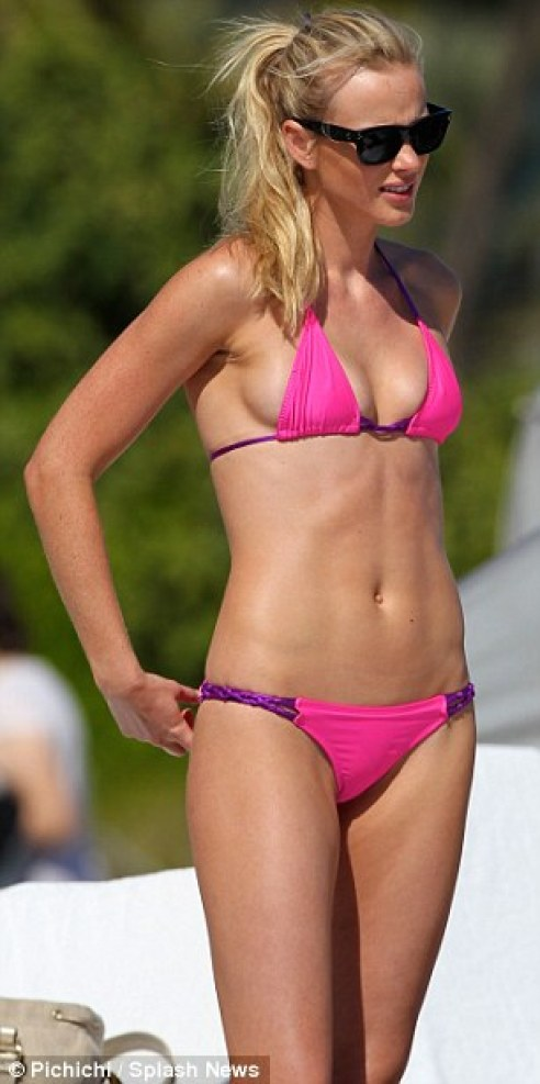Anne Vyalitsyna sexy lady picture