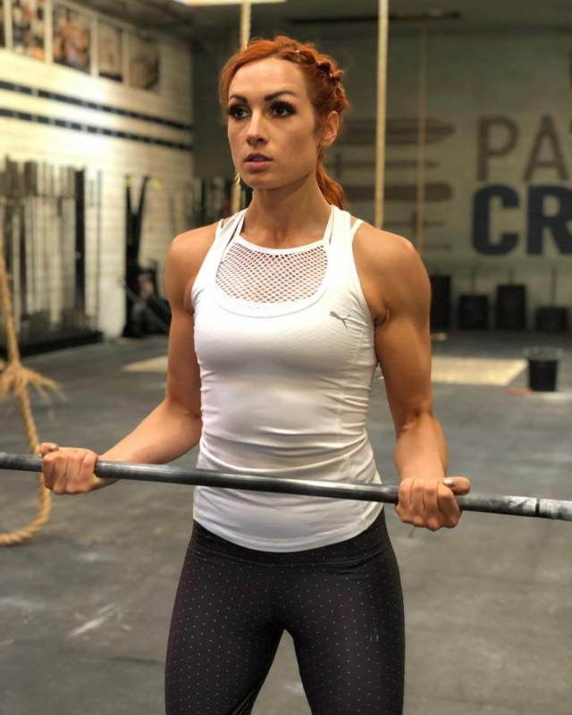 Becky-Lynch hot picture