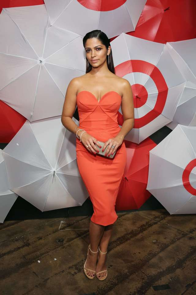 Camila Alves hto busty picture