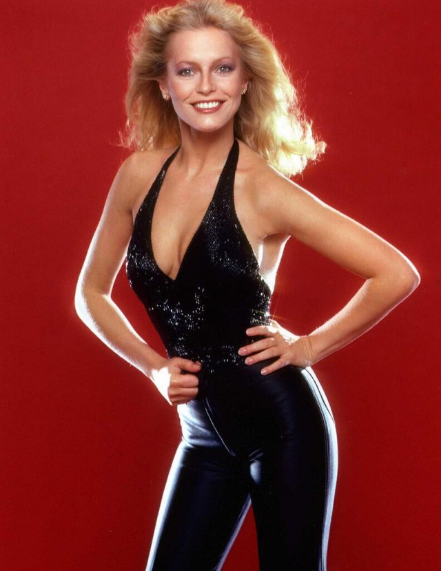 Cheryl Ladd sexy cleavages photo
