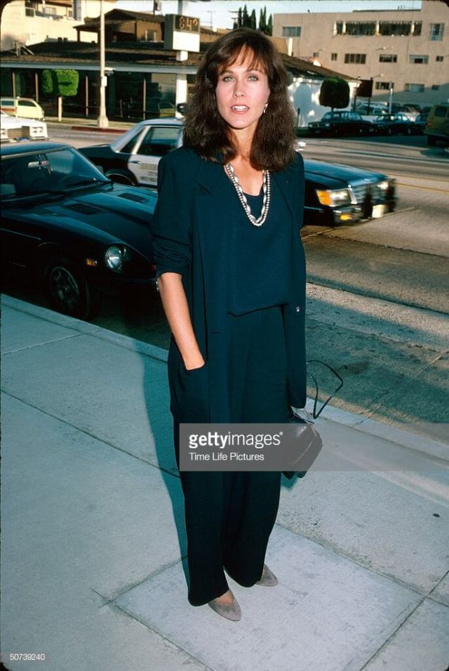 Erin Gray sexy pictures